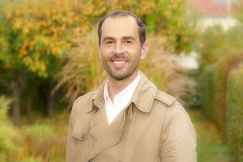 Armin Brata